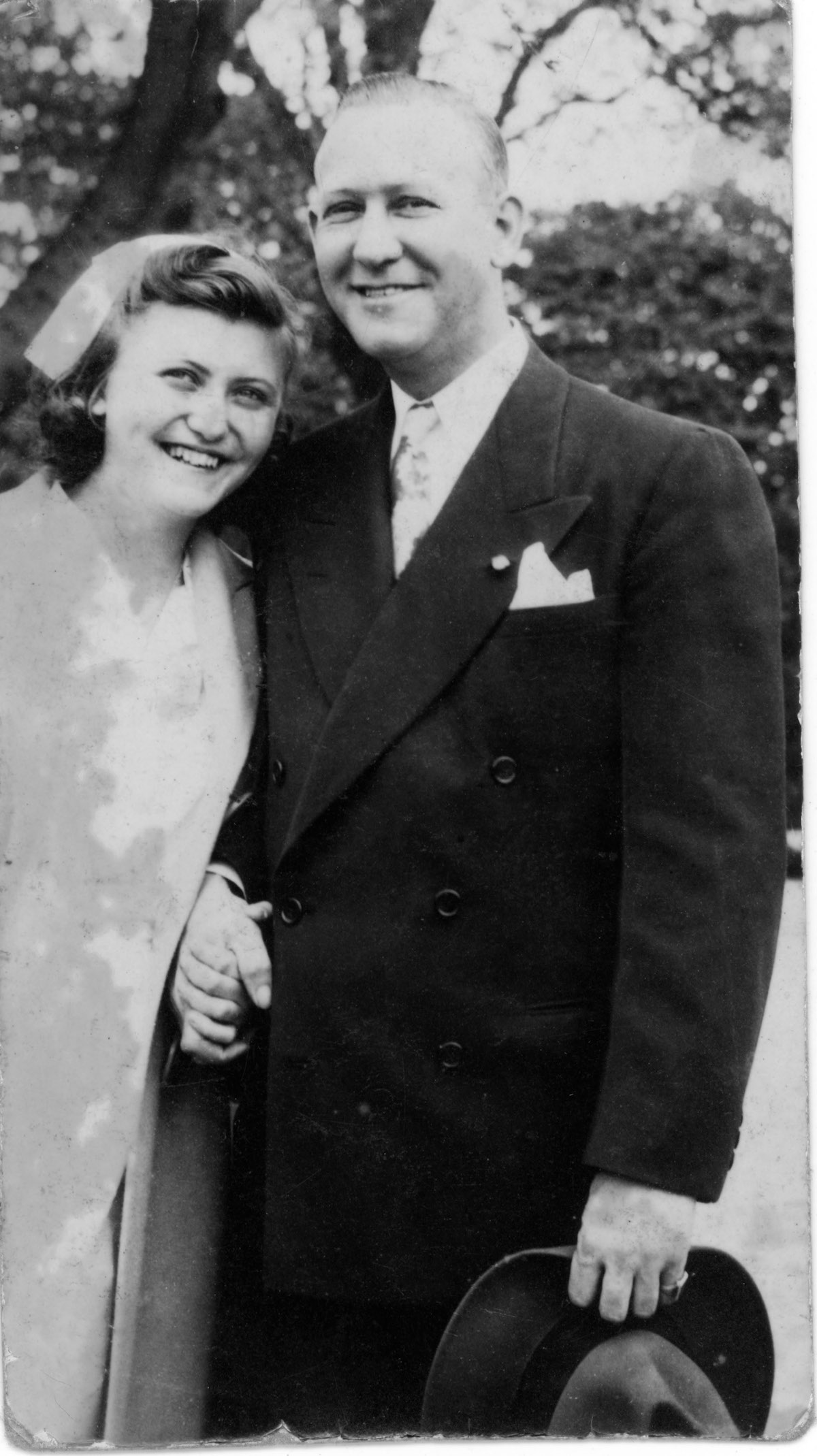Lenore Strauber, left, with her father, Jerry Strauber, at an unknown time (possibly sometime around 1950) in an unknown location.